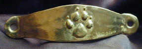 Dog Paw Narrow Pull, Horizontal Alignment